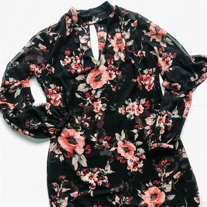 WHBM floral keyhole back and front choker dress